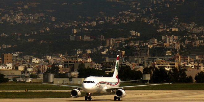 155 لبنانياً من باريس إلى بيروت