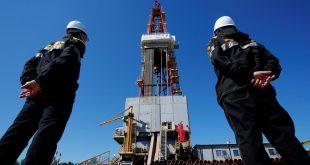 النفط يواصل الارتفاع مدعوما بأنباء عن لقاح ضد كورونا