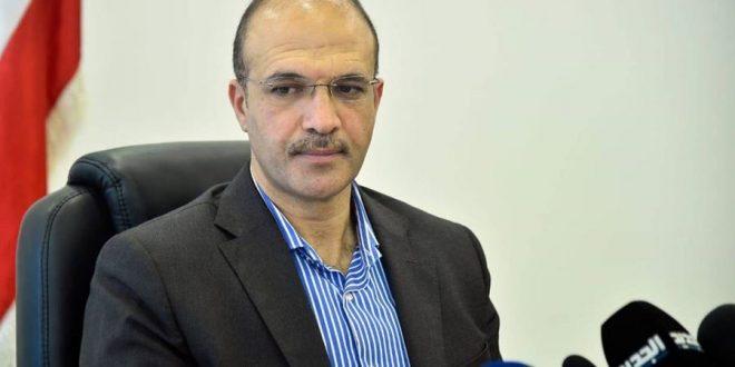 """وزير الصحة يُعلّق على قرار """"معاقبة"""" من لا يرتدي """"كمامة"""""""