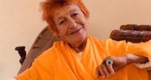 وفاةُ كاتبة وشاعرة لبنانية