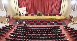 ذهبت الحكومة والمجلس باقٍ: بيروت تحتَ إمرة العسكر… و8 نواب خارج البرلمان