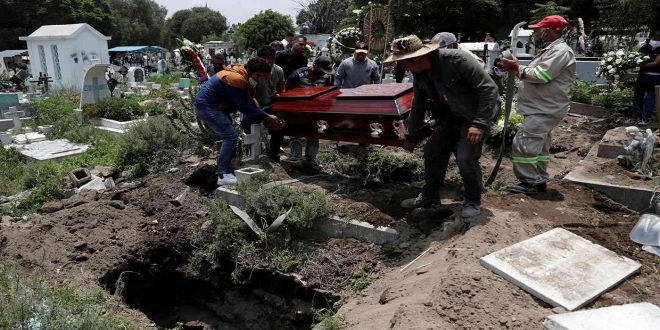 المكسيك: أكثر من 50 ألف وفاة بكورونا