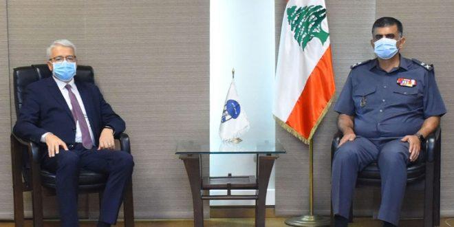 عثمان بحث ووزير الداخلية الألباني سبل التعاون الأمني