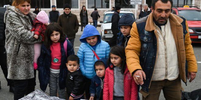 الدفاع الروسية: 21 ألف لاجئ عادوا إلى ديارهم في قره باغ
