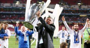 ريال مدريد يعلن تعاقده مع المدرب الإيطالي كارلو أنشيلوتي